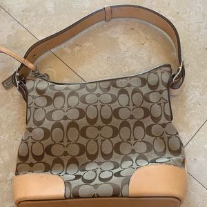Coach beige shoulder bag